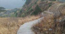 山间小道图片