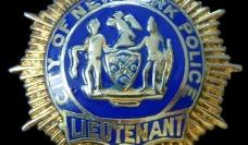 纽约市警察局的上尉徽章