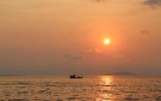 三亚湾落日图片