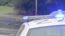 闪烁的警车股票视频顶蓝色的灯光 视频免费下载