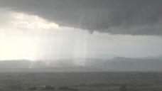阳光透过云层股票视频 视频免费下载