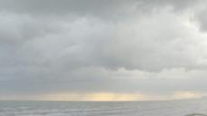意大利亚得里亚海岸的云彩有雨,股票视频