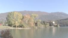 意大利TOBLINO城堡和湖泊1股票的录像 视频免费下载