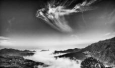 黑白云海风光图片