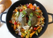 焖锅蟹图片