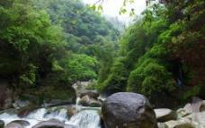 卧龙山山谷图片