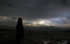 阴天的琼海 孤单悲伤图片