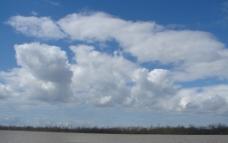 海上彩云图片