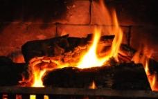 老式壁炉图片