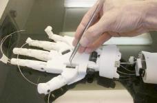 inmoov机器人转动手腕