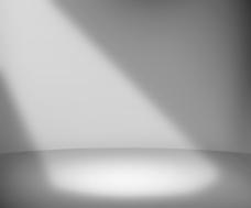 黑暗的聚光灯室背景